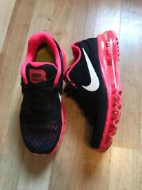 Ladies Nike air max size 5