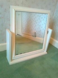 LARGE FREESTANDING DRESSING TABLE MIRROR - IN VERY GOOD CONDITION