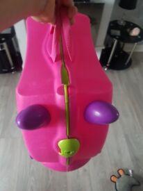 Pink trunki