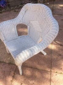 White Wicker Chair VGC