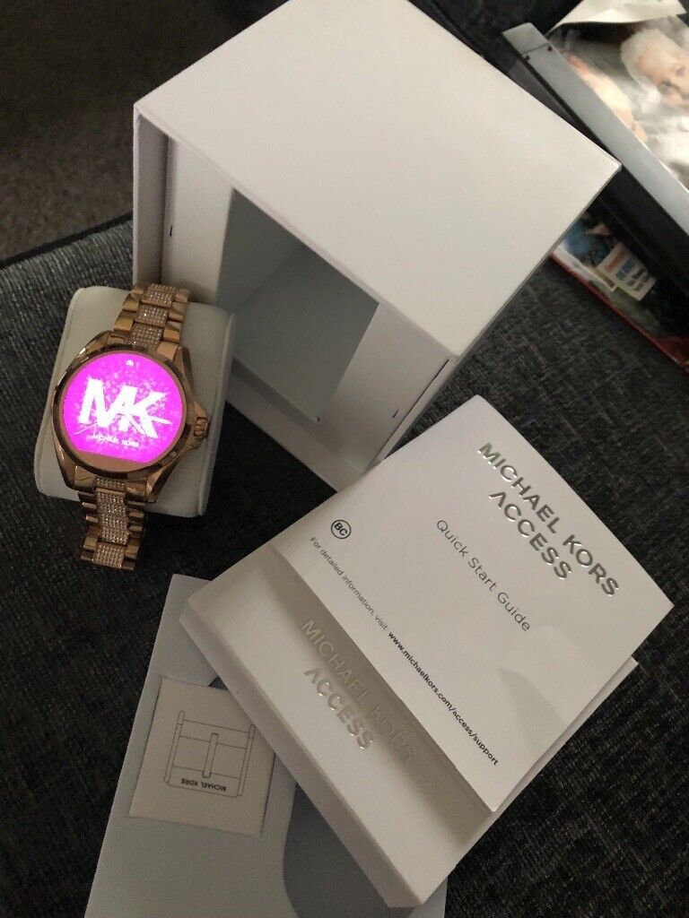 Excellent Michael Kors Smartwatch With Box And Spare Clasp In