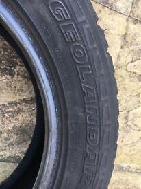215 60 17 Yokohama tyre