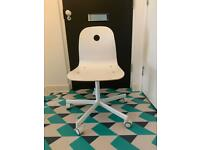 IKEA Office Chair / Swivel Chair / Adjustable white office chair with wheels