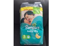 Pampers Nappies 186 size 3 nappies
