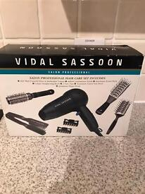 Vidal Sassoon professional hair care set