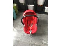 red two tone cybex car seat