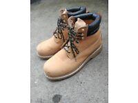 Dunlop Nevada Safety Shoes size 8 UK, 42 EU