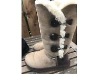 Ugg boots 4.5 uk ladies shoes
