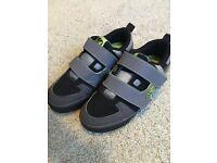 Great Heelys size 2