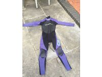 O'Neill ladies wet suit size 10 lots of wear left in the suit as never used much