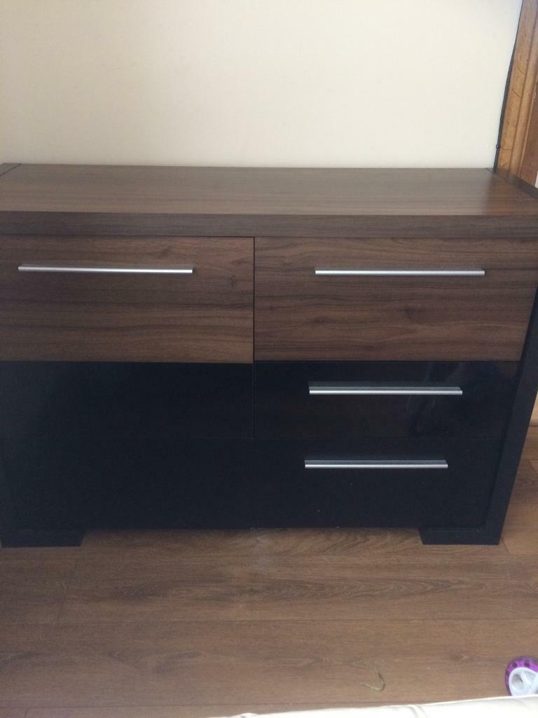 Side unit and matching tv unit