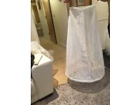 Ivory, floor length, 1 ring petticoat