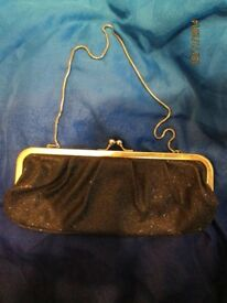 BLACK GLITTER HANDBAG WITH SILVER CHAIN STRAP BY BARRETTS BRAND NEW PARTY /PROM OR WEDDING