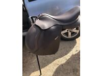 "17.5"" Brown Wintec 500 Saddle"