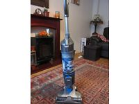 VAX Solo Cordless Vacuum Cleaner Plus Bag of Attachment Tools and Charger
