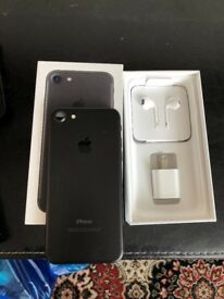Apples iPhone 7 black 256gb unlocked with receipt