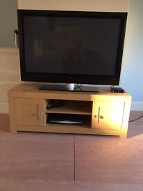 Television cabinet and matching set of nest of 2 tables
