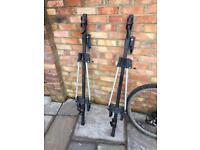Two Lockable Roof Bike Racks