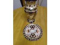 CROWN DERBY, ANTIQUE, VICTORIAN, DOUBLE SCROLLED HANDLED VASE, IN OLD JAPAN IMARI PATTERN
