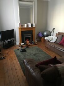 Small double bedroom 450 pcm