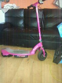 Razor e 100 pink scooter