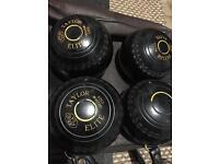 Taylor Elite bowls size2 x4