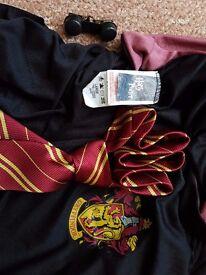 Harry Potter / Hermione Gryffindor Costume.Harry Potter / Hermione Gryffindor Costume.