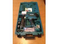 MAKITA GF600SE SECOND FIX GAS NAILER CORDLESS NAIL GUN