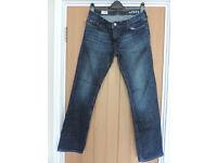 Ladies Gap Straight Leg Jeans 30x32