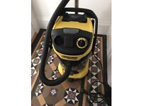 Karcher MV6P - hoover like new - very powerful