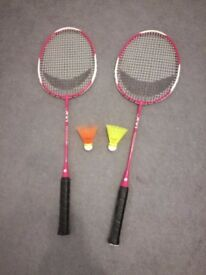 2 Artengo BR700 adult BADMINTON racket and 2 balls (great gifts for kids)