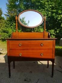 Stunning Edwardian Solid Oak dressing chest