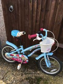 Girls Apollo bike with flower basket. 16' wheels.