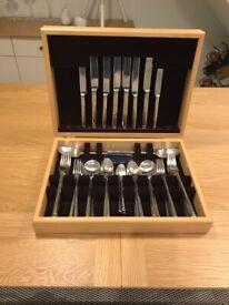 Arthur Price 56 piece cutlery set