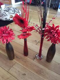 Red flour with vases! Home ornament