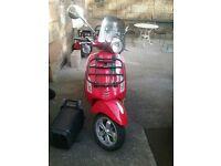 ******Vespa Primavera - great classy Italian scooter 125cc*****MUST GO******