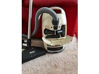 Miele S8340 Ecoline Vacuum