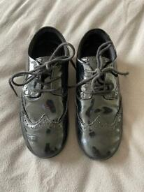 Clarks girls shoes 1G work for a few weeks