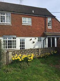 2 bed cottage in Horsted Keynes.