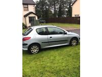 1.4 Peugeot 206 1.4 HDI £30 road tax!!! cheap insurance!