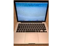 Macbook Pro Retina 13-Inch, Early 2015 - Excellent condition, with box