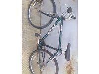 Quality Trek 820 green cro-moly steel 18inch frame quality mountain bike 21 Shimano gears 26in whls