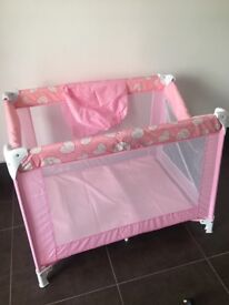 Travel cot, used once