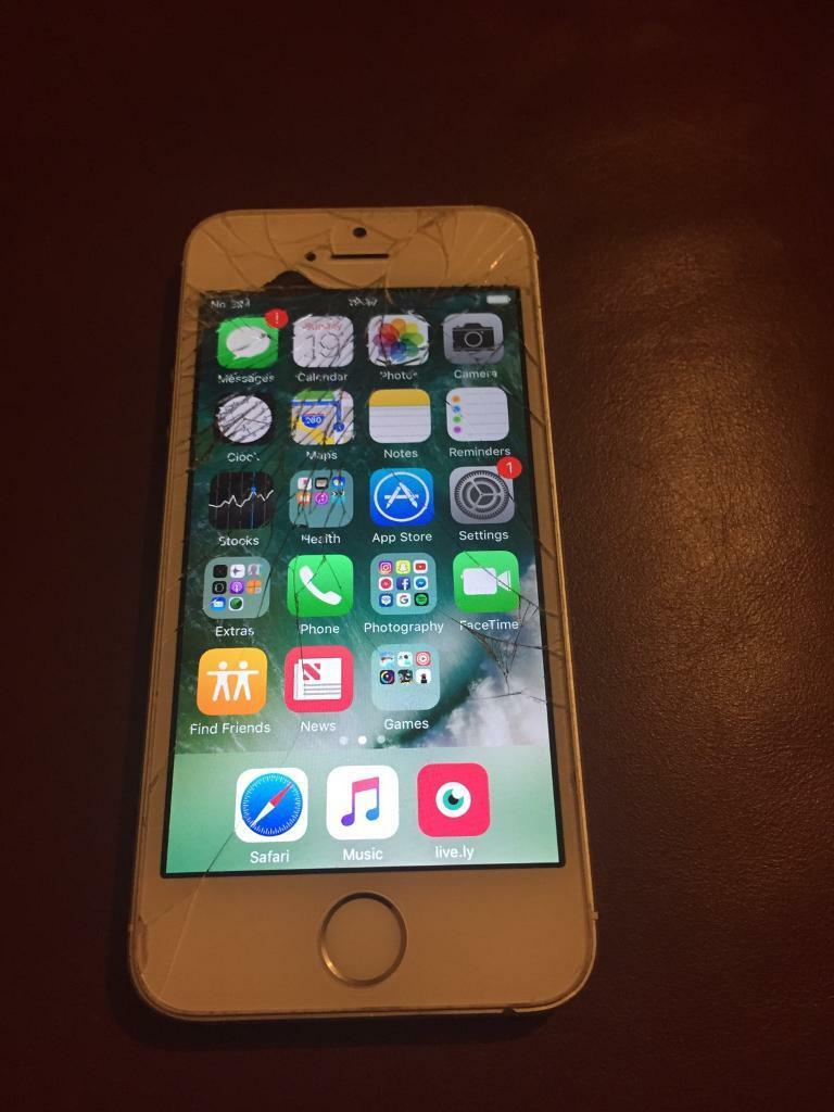iPhone 5S has cracked screen, works perfect otherwisein Kirkcaldy, FifeGumtree - iPhone 5S 16gbHas cracked screen but still works perfectly!Camera and home button both still working too.Recently upgradedThink its locked to EE£70 ono