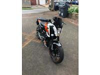 Ktm duke 125 *LOW MILAGE*