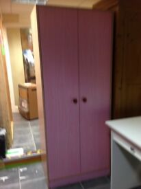 2 DOOR PINK WASDROBE IN GOOD CONDITION