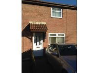 Two Bedroom Mid Link House with Garden in Tylcha Ganol, Tonyrefail - NO FEES