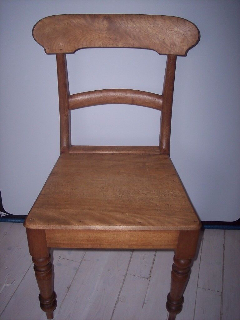 Lovely Victorian maple antique kitchen country chair, old chair, very good condition.