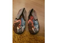 Star wars slippers size 12