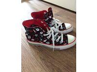 Converse All Star Hi tops Size 4